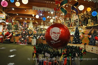 Bronners in Frankenmuth