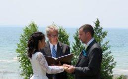 think-outside-wedding-mi-couplewte